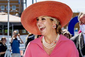 Máxima de Holanda, imparable con joyas y a todo color en su 'semana fantástica'