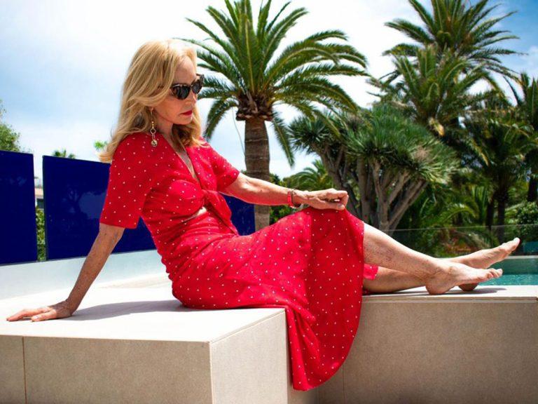 Carmen Lomana y sus exclusivas vacaciones en Mallorca ¡a cuerpo de reina!