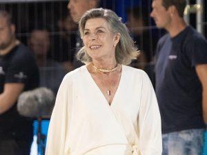 Carolina de Mónaco abraza sus 64 años con su look más elegante y sofisticado