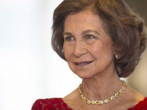 La Reina Sofía no se baja del trono del éxito según la prensa francesa