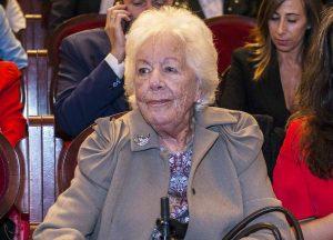 Menchu Álvarez del Valle será enterrada en Ribadesella «sin flores» y «en la más estricta intimidad»