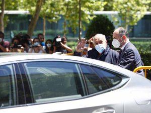 La primera imagen de José Luis Moreno, en libertad, a análisis: esto dicen sus gestos