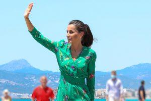 La Reina Letizia ya está de vacaciones: estos son sus planes 'de cine'