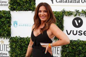 Raquel Bollo tiene el complemento que no podrás quitarte de la cabeza esta temporada