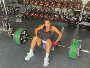 Pilar Rubio deja a todos en shock al levantar 140 kilos con sus glúteos
