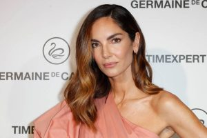 Eugenia Silva se va de concierto con el vestido más bonito y sandalias 'low cost'