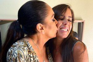 El beso de Isabel Pantoja a su sobrina Anabel en medio de la guerra con Kiko Rivera