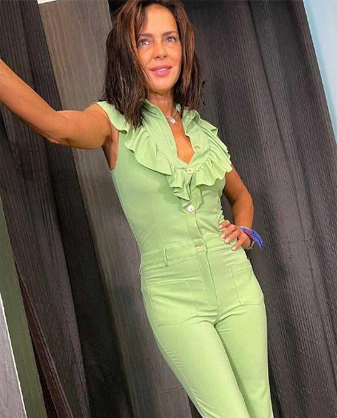 Olga Moreno posado