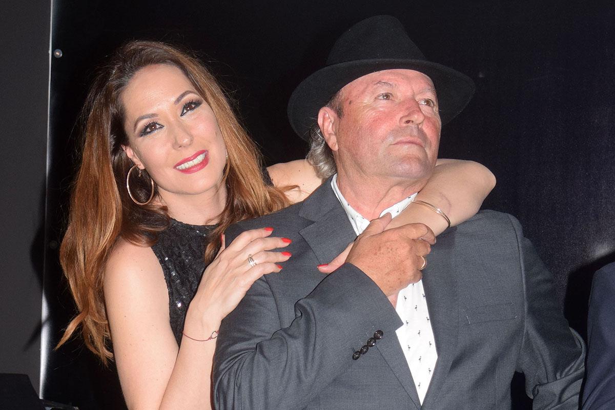 Rosario Mohedano y Amador Mohedano durante la inauguración de «La más grande» en Chipiona.