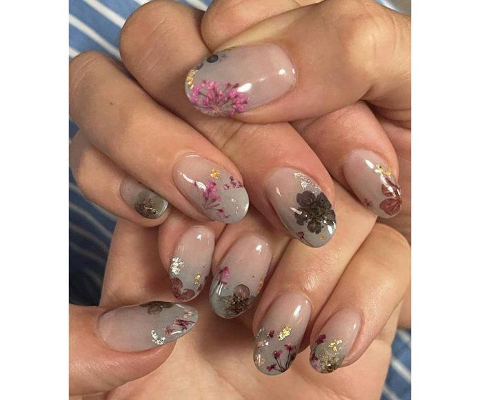 manicura floral