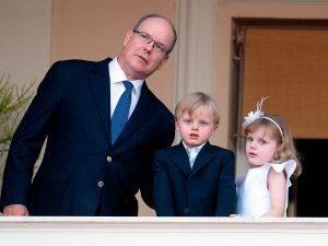 Alberto de Mónaco y sus hijos viajan a Irlanda tras el último ingreso hospitalario de Chàrlene de Mónaco