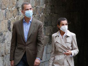 Los Reyes, Felipe y Letizia, viajan a La Palma para visitar a las familias afectadas por el volcán