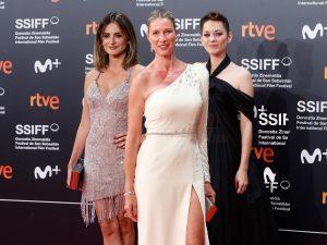 De Penélope Cruz a Marion Cotillard: Así ha sido la primera gran alfombra roja del Festival de San Sebastián