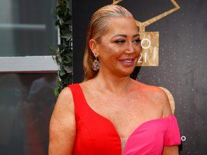 Belén Esteban triunfa con su vestido más impresionante en los Premios Chicote 2021