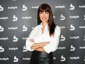 Pilar Rubio le copia a Sara Carbonero la sudadera tendencia del momento