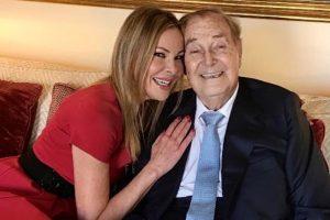 El padre de Ana Obregón abandona el hospital