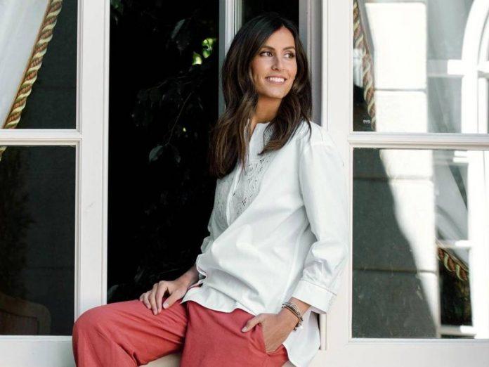 Ana Boyer traje