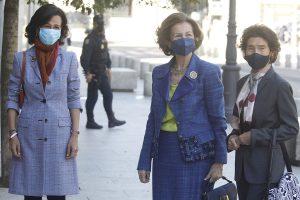 La Reina Sofía queda con dos de las mujeres más poderosas de España