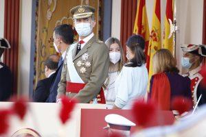 Las confidencias de la Reina Letizia y la Infanta Sofía (sin Leonor) en la Fiesta Nacional